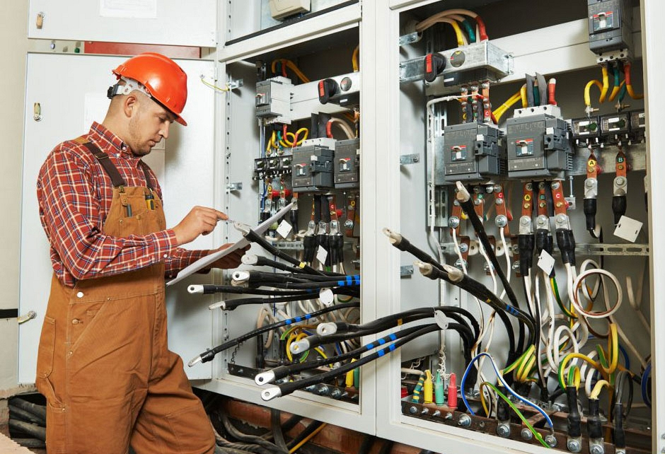 Electrician 7